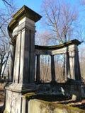 элементы украшения старых каменных памятников стоковое изображение