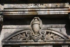 Элементы украшения старых каменных памятников стоковые фотографии rf