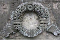 Элементы украшения старых каменных памятников стоковое фото rf