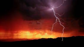 Элемент бунта ночи Молния стоковая фотография