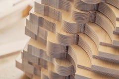 Элемент плотничества с текстурой Производство мебели Работа Joinery сырье тимберса для предпосылки и текстуры стоковое фото