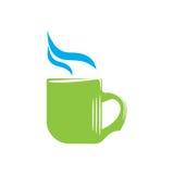 Эмблема зеленой кружки с паром Стоковая Фотография
