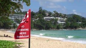 Эмблема революции, который нужно не поплавать на пляже красивого лета тропическом сток-видео