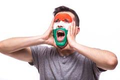 Эмоции победы, счастливых и цели клекота венгерского футбольного болельщика в поддержке игры национальной команды Венгрии Стоковые Изображения