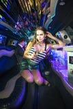 Эмоциональная женщина в лимузине Стоковая Фотография RF