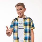 Эмоциональный мальчик в рубашке шотландки Стоковые Фото