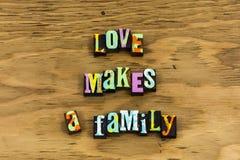 Эмоция семейного отношения благословением любов стоковое изображение rf