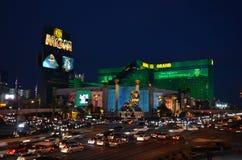 Эм-Джи-Эм Гранд, прокладка, Лас-Вегас, ноча, город, метрополия, выравниваясь стоковое фото rf