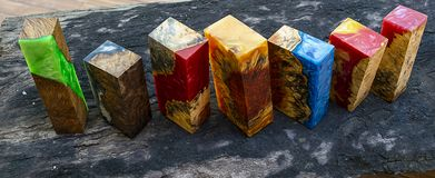Эпоксидная смола стабилизируя фото предпосылки узелка Afzelia экзотическое деревянное желтое, изображения абстрактного искусства, стоковое изображение