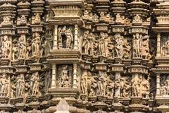 Эротичные детали скульптур висков Khajuraho, внутри Стоковая Фотография