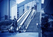 Эскалатор улиц Шанхая стоковые фото