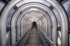 эскалатор япония osaka стоковые изображения rf