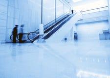 эскалатор стоковое изображение rf
