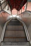 Эскалатор снаружи Стоковое Фото