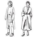Эскиз пальто женщины нося Одежды зимы Стоковые Фотографии RF