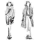 Эскиз пальто женщины нося Одежды зимы Стоковые Изображения RF