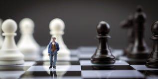 Эскиз человека внутри игра в шахматы Стоковые Фото