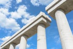 Эстакада соединения шоссе конструкции соединения шоссе конструкции промышленная новая поднимать в прогрессе для colu транспортног Стоковая Фотография RF