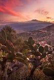 Этна на заходе солнца стоковая фотография rf