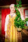 Этнический костюм женщин стоковое фото rf