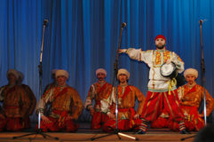 Этнический танец Nekrasovskie Kazaki Стоковые Фотографии RF