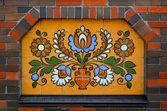 Этническое керамическое украшение на стене Стоковое фото RF