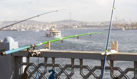 Это рыболовная удочка в золотом рожке стоковые изображения