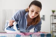 Эффективная домохозяйка стоковые изображения rf