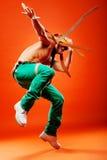 эффектное выступление профессионала танцора Стоковые Фото