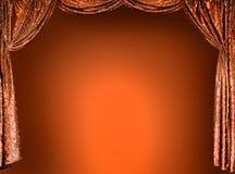 Элегантные занавесы золота театра Стоковая Фотография