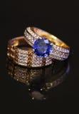 Элегантные кольца ювелирных изделий с brilliants стоковая фотография rf
