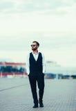 Элегантный молодой человек моды Стоковое Фото