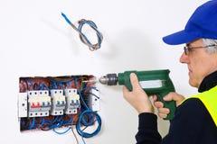 Электрик на работе Стоковые Изображения RF
