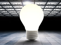 Электрическая лампочка в фабрике стоковые изображения
