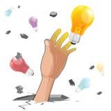 Электрическая лампочка идеи самосхвата руки бесплатная иллюстрация