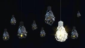 Электрическая лампочка на темной предпосылке debris Стоковые Фото