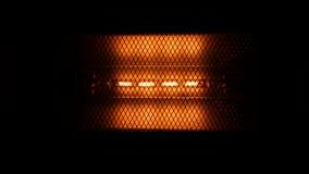 Электрическая лампочка постепенно поворачивает время от времени сток-видео