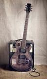 Электрическая гитара и усилитель Стоковое фото RF
