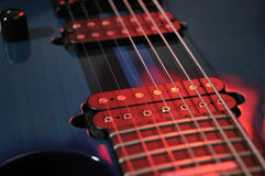 Электрическая гитара шнурует крупный план Стоковая Фотография