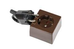 Электрическая штепсельная вилка и электрическое гнездо на белизне Стоковые Изображения RF