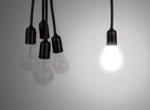 Электрические лампочки смертной казни через повешение стоковые изображения