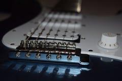 Электрический 6 крупных планов гитары строки, деталь электрической гитары Стоковая Фотография