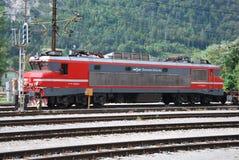 Электрический локомотив словенских железных дорог стоковое изображение