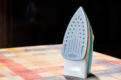 Электрический утюг для утюжить Утюжа комната Детали домочадца стоковые изображения