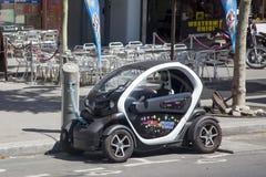 Электрический Renault поручает батарею Стоковое фото RF