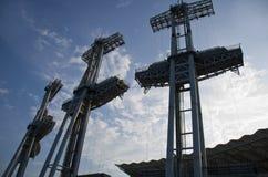 3 электрических башни в голубом небе Стоковая Фотография RF