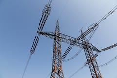 электрическое высокое напряжение тока силы столба Стоковое Фото