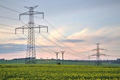 электрическое высокое напряжение тока силы столба Стоковые Изображения