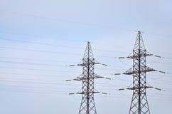 электрическое напряжение тока высокой башни Опора передачи электричества Стоковые Изображения RF