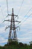 электрическое напряжение тока высокой башни Стоковые Изображения RF